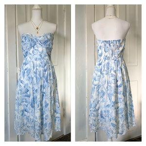 WhiteHouseBlackMarket 8 Floral ScallopedEdge Dress